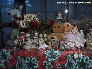 IMG_20141019_Xmas Figurines on table~1