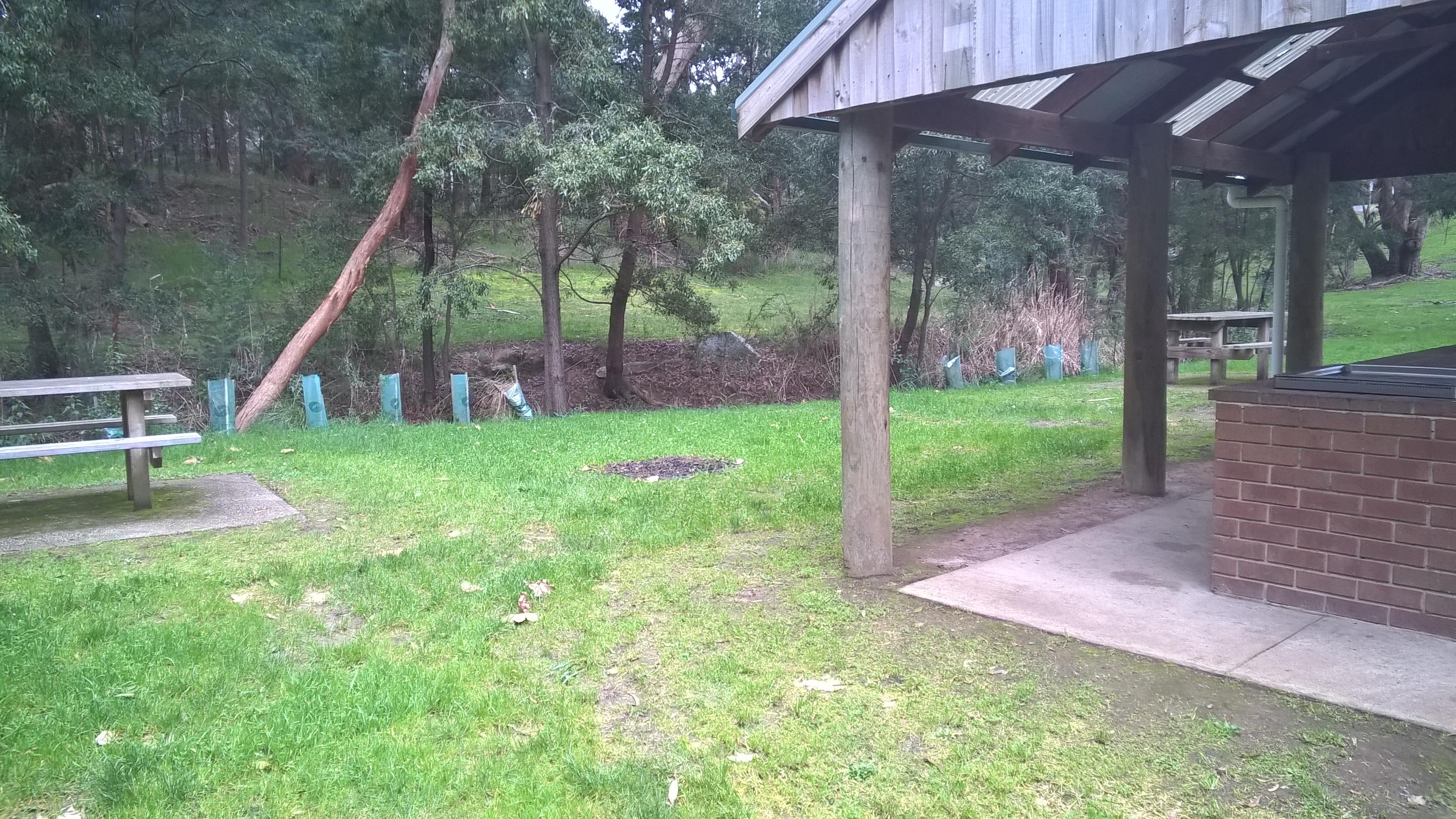 gong gong reservoir park reserve ballarat public bbq u0026 bushwalks